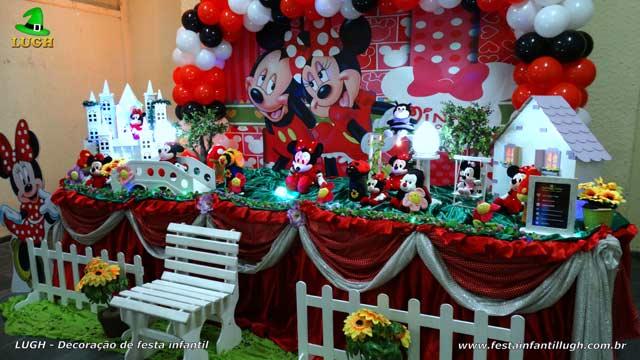 Decoração de aniversário infantil da Minnie vermelha - Mesa luxo