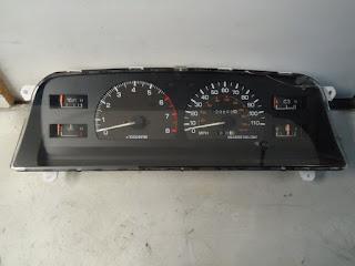 1991 TOYOTA 4 RUNNER INSTRUMENT SPEEDOMETER CLUSTER ^D88^