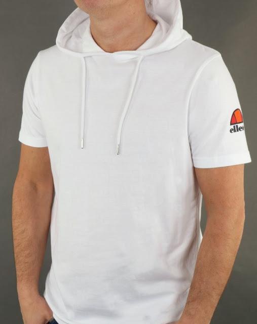 Cara Merawat T Shirt Hoodie agar Tidak Mudah Melar