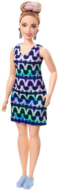 2018_Barbie_Crayola_Tie-Dye_Fashions_Out