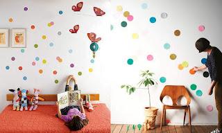 Círculos de colores para decorar una habitación
