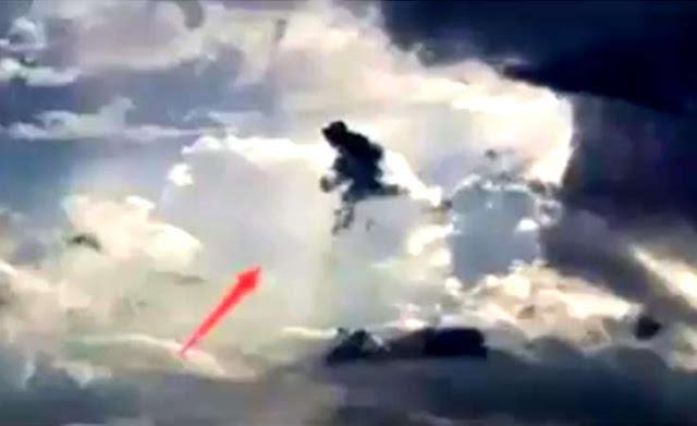 Bằng chứng thuyết phục 10 lần chứng kiến thần tiên hiển linh