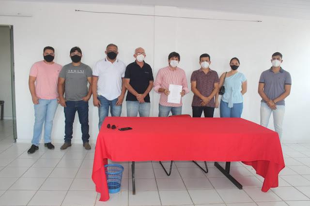 Prefeitura de Caraúbas e empresa Vita Mais fecham parceria e geram emprego e desenvolvimento para Caraúbas