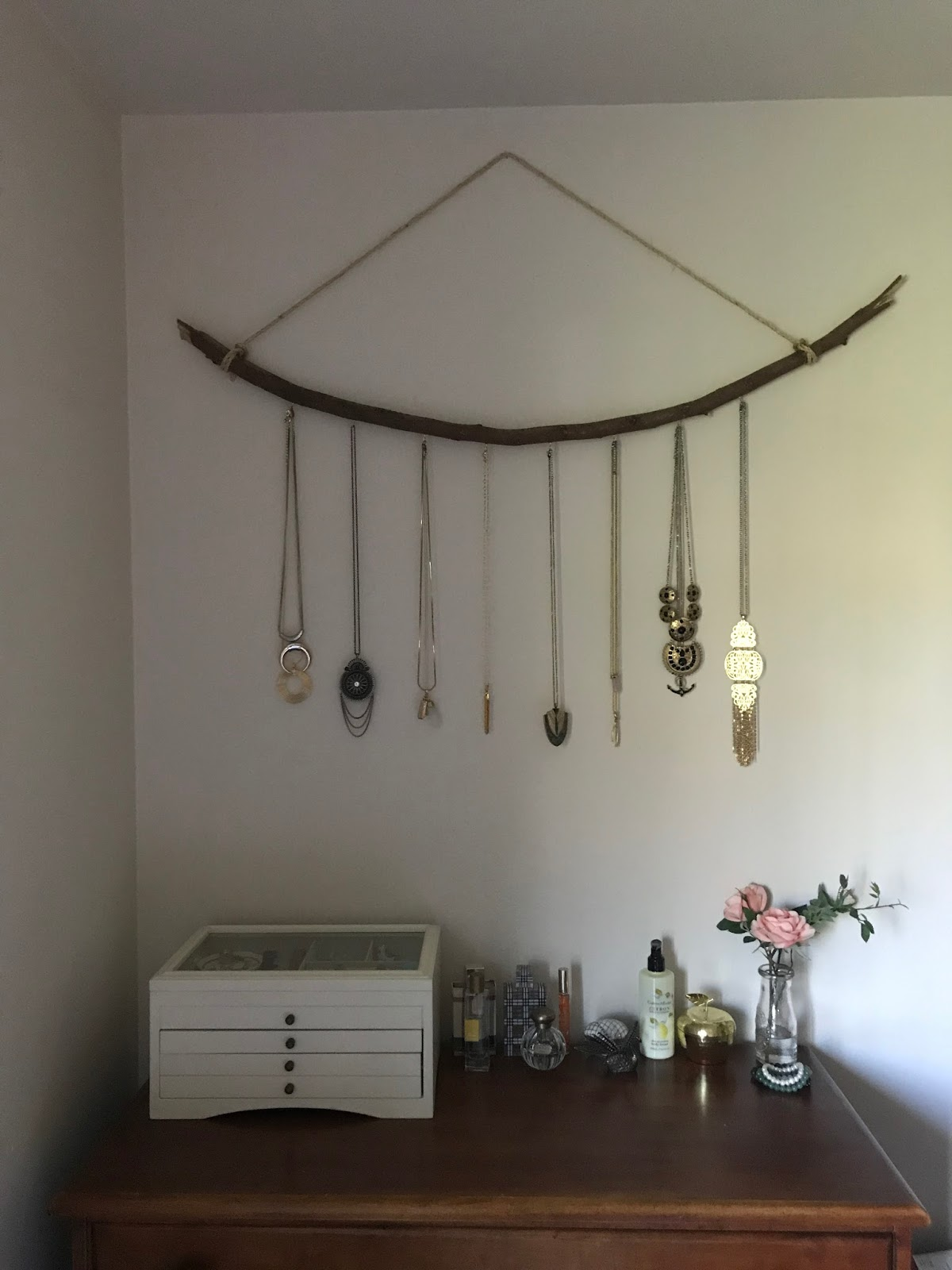 Peplums pie how to make a jewelry hanger out of tree branches how to make a jewelry hanger out of tree branches do it yourself solutioingenieria Choice Image