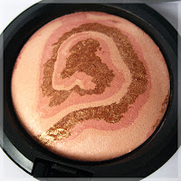 Mineralize Skinfinish Light Year