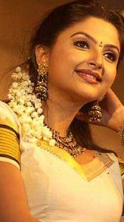 Meenakshi actress hot age, photos, child actress, movies, serial, wiki, biography
