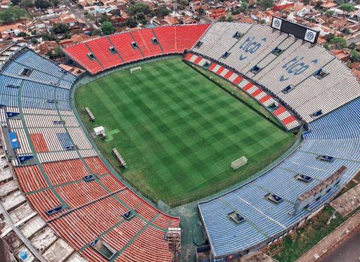 Volvería el fútbol, se jugaría en Asunción y sin VAR