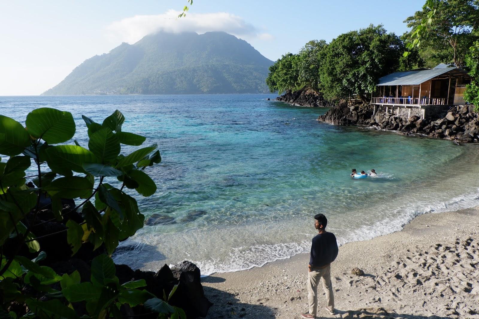 Traveling Melihat Pesona Alam Ternate yang Menakjubkan ...