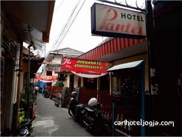 Hotel Pantes   satu penginapan murah di Malioboro Jogjakarta.