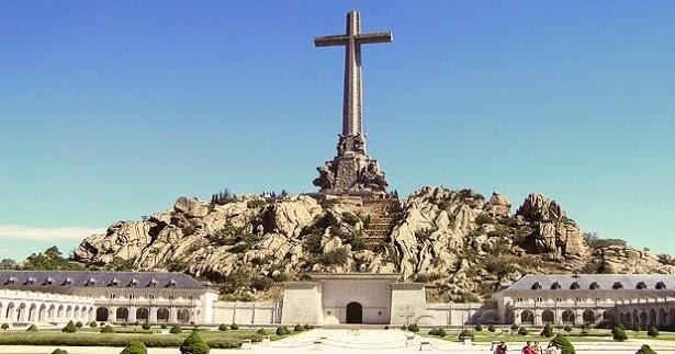 La Fundación Francisco Franco pide al Supremo que los restos del dictador vuelvan a Cuelgamuros