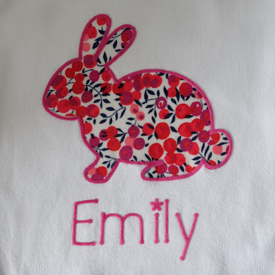 No Sew Fabric Bunny Applique Onesie with Flock HTV Edging