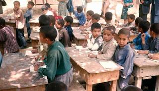 Σε αυτές τις χώρες τα παιδιά δεν πηγαίνουν σχολείο