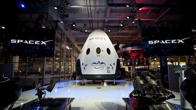 Se a SpaceX tivesse o orçamento da NASA, ela poderia contratar o melhor dos melhores e os melhores dos melhores.