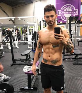 Danny Jones Fitness nackt