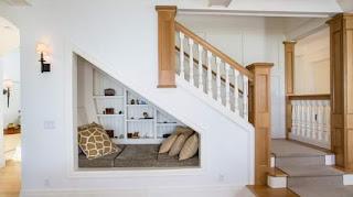 ديكورات منازل وشقق - افكار ديكورات تحت الدرج الداخلي في المنزل
