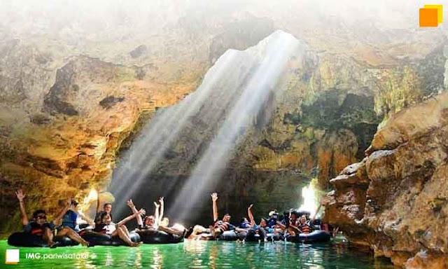 Kunjungan wisata green canyon pangandaran