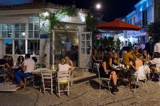 السياحة في تركيا - تعرف كيف تقضي إجازتك في بلدة ألاجاتي التركية الساحرة؟