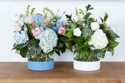 blue flower vase for hydrangeas