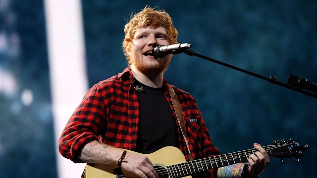 Ed Sheeran: Οικογενειακές διακοπές στην Ελλάδα