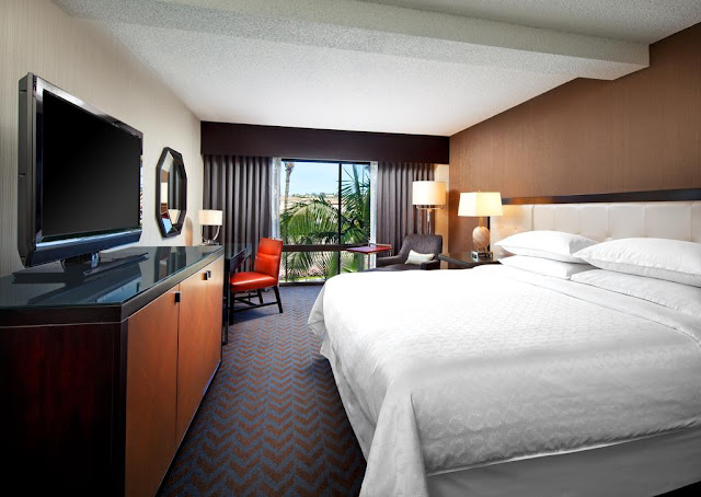 Book your stay at Sheraton Mission Valley San Diego Hotel. This hotel in San Diego offers premium services like free Wi-Fi to make traveling easier.