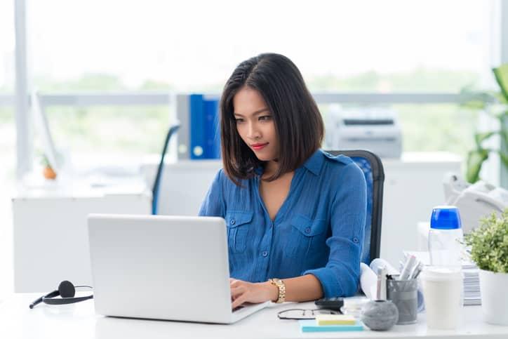 tips_sehat_di_depan_komputer