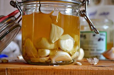 কিদৰে খাব নহৰু আৰু মৌ মিশ্ৰন? ইয়াৰ অভূতপূৰ্ব উপকাৰিতা বিষয়ে জানো আঁহক- How to eat Honey and Garlic in Assamese