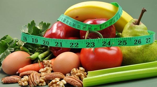 Chạy bộ giảm cân kết hợp với ăn uống khoa học