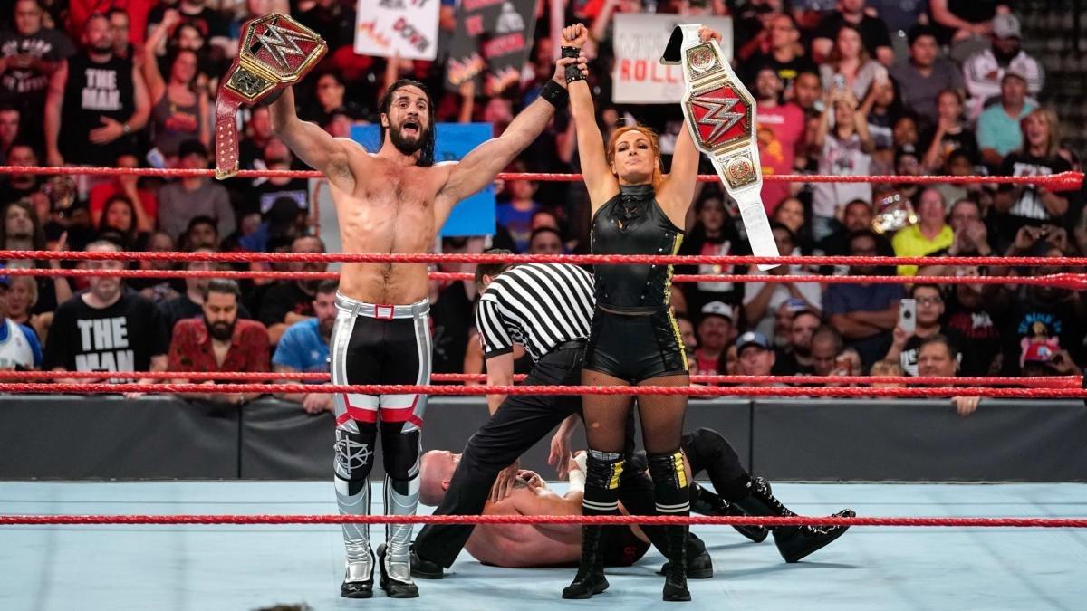 Becky Lynch e Seth Rollins se sentiam desconfortáveis em trabalhar juntos na WWE