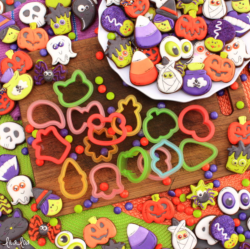 Sweet Sugarbelle mini shapeshifter cutters used to make Halloween cookies