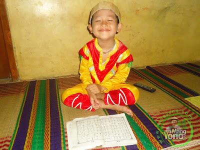 FOTO 3 :  Gigin TKA Assalam belajar iqra 1 halaman 33