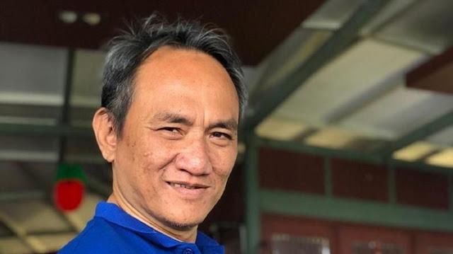 Andi Arief Respons Hasto: Koalisi dengan PDIP Bunuh Diri Politik