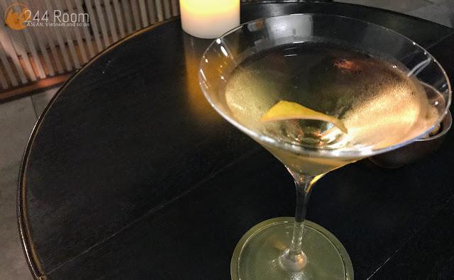 Andaz Tokyo Rooftop bar Martini アンダーズ東京ルーフトップバー マティーニ