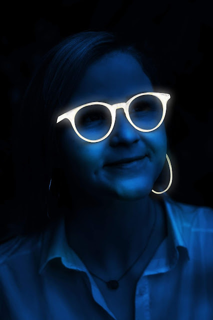 Glow Light in Dark Portrait