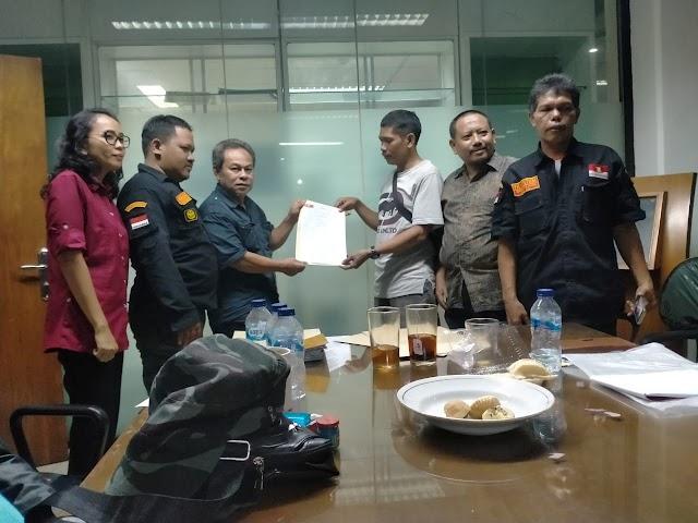 Ketua MARCAB LMPP Jakarta Timur Terima SK dari Ketua MADA LMPP Provinsi DKI Jakarta