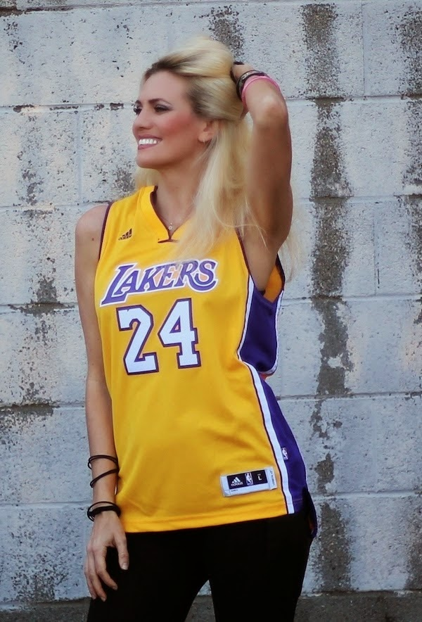 Anne-Cohen-Los-Angeles-Lakers