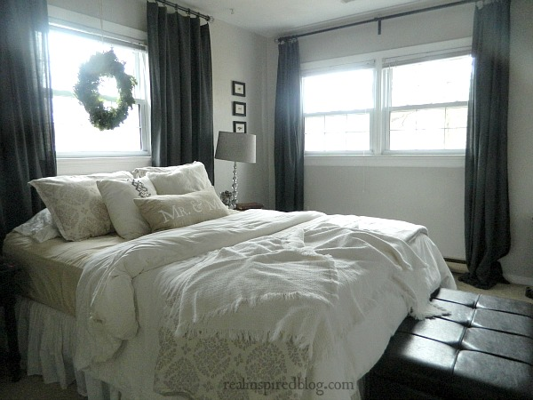 Rustic Christmas Home Tour 2015: cozy Christmas master bedroom with wreath