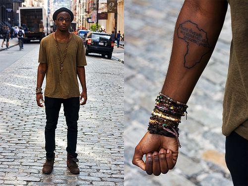Look Masculino com Pulseiras Pele Negra