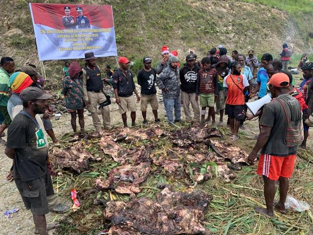 TNI Gelar Pengobatan Gratis di Distrik Sugapa Papua