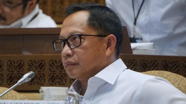 Tito ke Calon Kepala Daerah Petahana: Bansos Jangan Pakai Nama dan Foto