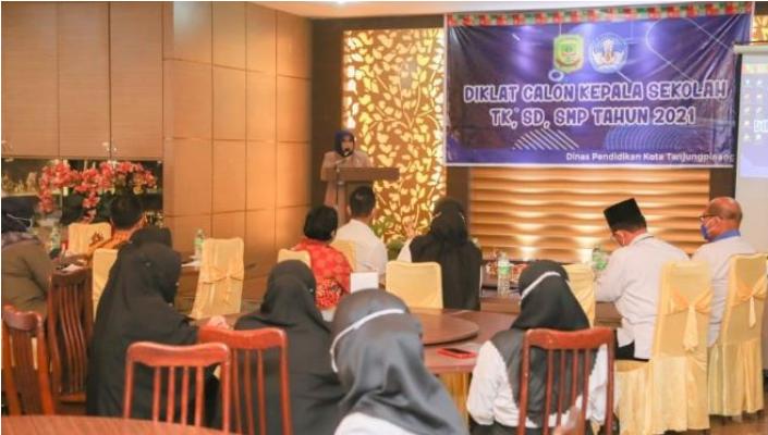 Rahma Membuka Diklat Calon Kepala Sekolah TK, SD, SMP Tahun 2021