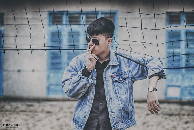 Thay đổi phong cách với áo khoát jean đầy bụi bậm