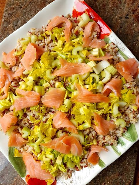 lunch mix kupiec,zdrowa radosc zycia, sałatka z ryżem ,ryżowa sałatka, szybka sałatka,sałatki na imprezę, sałatka z jajkiem, lunch box,dania do lunch boxa, najlepszsy blog kulinarny,z kuchni do kuchni