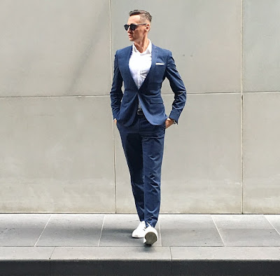 MENS TRAINER AND SUIT COMBO
