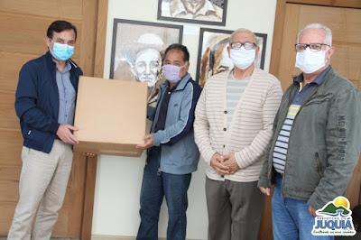 Juquiá recebe doação de 2 mil máscaras através de parceria do sindicato rural com a igreja presbiteriana