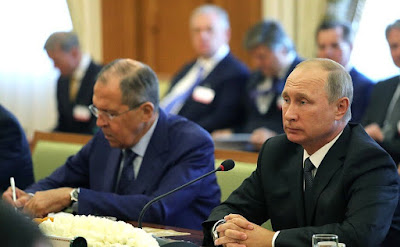 Vladimir Putin and Sergei Lavrov in Ashgabat, during Russian - Turkmenistani talks.