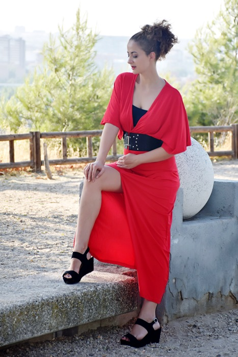 Outfit-Vestido-Largo-Rojo-4