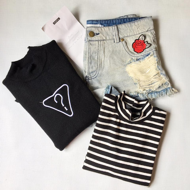 zaful black tops black t-shirt striped t-shirt denim shorts