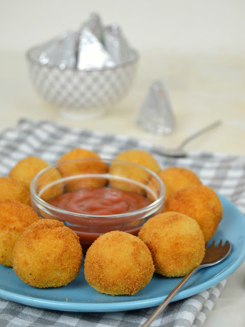 Bolitas de atún con quesitos