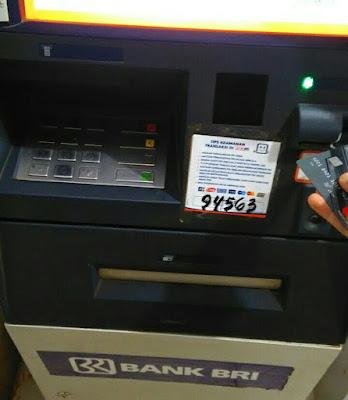 Atasi Kartu ATM Tertelan Mesin