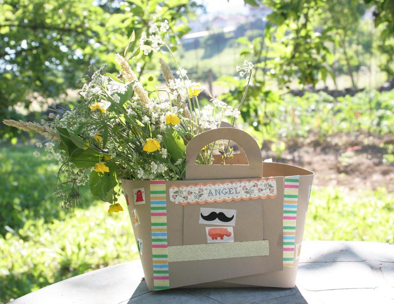Decorar en familia_Taller de Creactividad: Diy cesta de picnic de cartón1